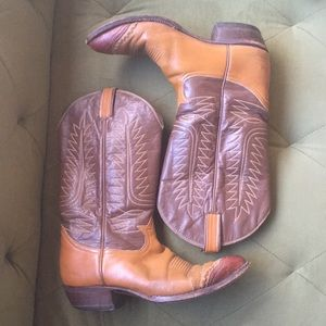 Tony Lama Brown Leather Cowboy Boots 10.5